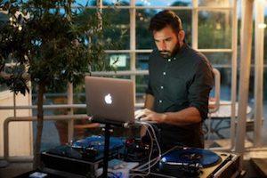 DJ till Födelsedag och Privata Fester